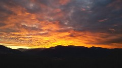 Colori di un alba. (marco.tiano) Tags: pictures sunset sky moon mountain colors clouds sunrise reflex flickr mare calabria iphone belsito marcotiano samsungs3neo
