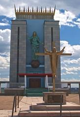 Madonna, Queen of the Universe Shrine (D. Brigham) Tags: statue religious catholic madonna religion catholicism jesuschrist eastboston queenoftheuniverseshrine