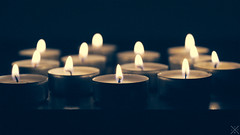 Bougies (Sandra Julie Photo) Tags: nikon flamme bougies lumières neuilly bougie flammes 2016 2485mm 2485 nikond610