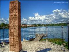 Muelle al Lago HDR (Fernando Reyes Palencia) Tags: guatemala paisajesdeguatemala bellospaisajesdeguatemala fotosdeguatemala bellaguatemala paisajesdelmundo guatemalalandscapes imagenesdeguatemala guatemalapaisajes postalesdeguatemala