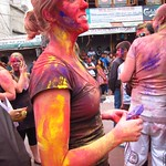 "Holi <a style=""margin-left:10px; font-size:0.8em;"" href=""http://www.flickr.com/photos/14315427@N00/6840069886/"" target=""_blank"">@flickr</a>"