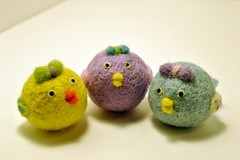 Needle Felted birds-3 Southern Bells (Things By V) Tags: felting etsy eco needlefelted naturaltoys waldorftoys thingsbyv