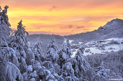 living in a place like this , Rhodope mountains (.:: Maya ::.) Tags: trees houses winter sunset mountain snow villlage  vrata  rhodope belintash         mayaeye mayakarkalicheva