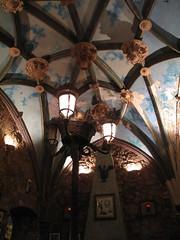 The Sacristy Pub / Pub La Sacristía