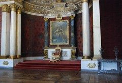inside the winter palace (hannu & hannele) Tags: winter building art museum architecture painting stpetersburg nikon russia room small great columns indoor palace peter marble hermitage throne d80