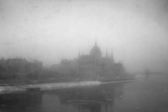 blurry (ODPictures Art Studio LTD - Hungary) Tags: winter cloud blur ice silhouette fog canon eos smog blurry budapest 206 sigma smug duna magyar f28 danube 1850 hungarian köd 60d orbandomonkoshu