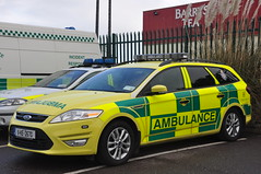 HSE NAS 4AE02 Ford Mondeo Estate Wilker AP RRV 11KE2670 (Shane Casey CK25) Tags: blue west ford car yellow lights estate cork echo ambulance health national ap vehicle service alpha paramedic executive rapid nas advanced mondeo bluelights hse rrv wilker resonse 11ke2670 4ae02
