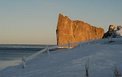Monsieur Le rocher (jafsc) Tags: hiver invierno rocherperc nikon200