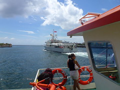 P1050016 (Stefan Peerboom) Tags: anna saint ferry bay navy sint willemstad annabaai