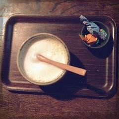 Kinako latte (tsukiko.jp) Tags: japan japanese tokyo cafe latte yanesen yanaka kinako soybeanflour jiboanjiyan