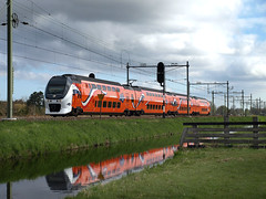 NSR 9520 Koningstrein, Lisse, April 28, 2013 (cklx) Tags: lisse virm 9520 orangetrain kingstrain oranjetrein koningstrein