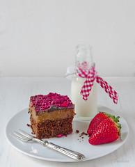 Pastel SACHER con frambuesas (Frabisa) Tags: dulcedeleche sacher frambuesas frabisa