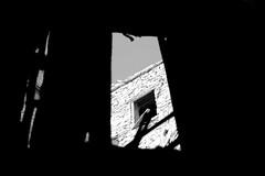 411 ([Blackriver Productions]) Tags: street travel sea people sun fish water night lights hotel fishing sand asia barca mare ship desert sheep muslim islam dune persia mosque arabic emirates camel arabia oriente yemen sultan sole oman acqua mercato luxury muscat veli forte comma spezie datteri sabbia pesce nizwa suk moschea volti pecore arabo fortino emirati soldi capre salalah khanjar petrolio riyal bubai lavoratori mascate sultano musulmani guerrieri portoghesi cardamomo cammelli dromedari qabus mediorientale sultanato ibaditi jellabia chiuja