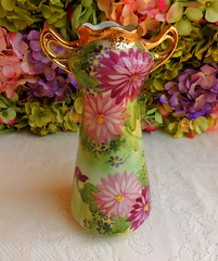 Vintage Nippon Porcelain Hand Painted Vase ~ Floral ~ Gold (Donna's Collectables) Tags: floral vintage gold hand painted vase nippon porcelain ~