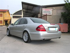 "mercedes_e240_v6_34 • <a style=""font-size:0.8em;"" href=""http://www.flickr.com/photos/143934115@N07/27219362570/"" target=""_blank"">View on Flickr</a>"
