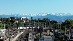Alpes depuis la gare d'Antibes (Matrok) Tags: alpesmaritimes france paysage paysageurbain landscape antibes alpes montagnes alps alpi mountain mountains gare station
