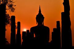 Buddha of Sukhothai {Explore #18} (Alexandre Moreau | Photography) Tags: old sunset orange thailand nikon ruins glow image buddha buddhism wat siam sukhothai historicalpark d7000 wwwalexandremoreauphotocom