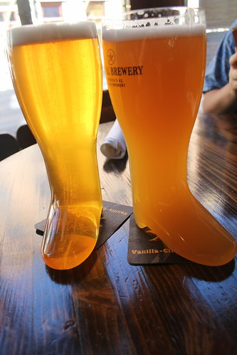 light beer table gold boots day49 wheatbeer capitalbrewery 525600minutes