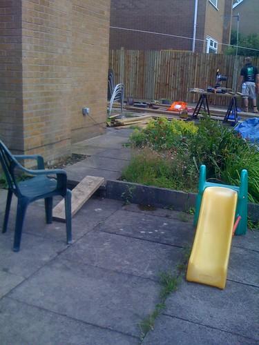 Hardwood Decking Alderley Edge - Modern Family Garden. Image 3