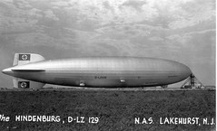 Hindenburg (San Diego Air & Space Museum Archives) Tags: aircraft aviation zeppelin airship hindenburg dirigible lakehurst lighterthanair luftschiff dzr mooringmast dlz129 lakehurstnas lz129 deutschezeppelinreederei luftschiffbauzeppelin deutscheluftschiffahrtsaktiengesellschaft delag zeppelinlz129 lz129hindenburg luftschifflz129