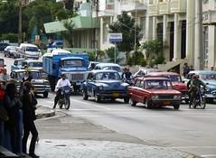 Calle L, La Habana, Cuba (RiveraNotario) Tags: cars havana cuba autos lahabana vedado carsincuba carspotting elvedado callel autosencuba