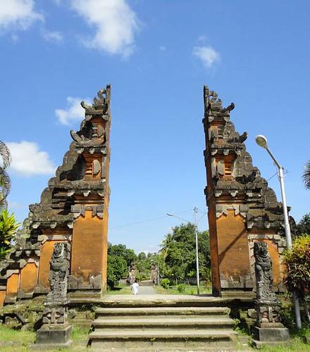 Pura Lingsar Temple, Lombok