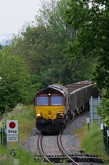 66-004-6Z42-Haybridge-25-5-2016- (D1021) Tags: stone shed telford wellington hadley summerhouse dbs d300 class66 ews haybridge 66004 nikond300 dbschenker 6z42