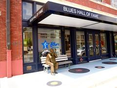 memphis blues hall of fame - listen: (Shein Die) Tags: buildings nikon memphis blues museums theblues littlemilton jukejointfestival blueshalloffame