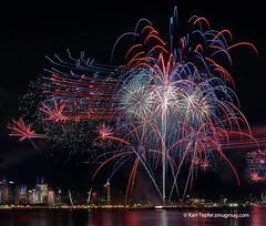 July 4, 2011...Blasts over Mid-town New York City (Karl Tepfer) Tags: newyorkcity colorful fireworks empirestatebuilding july4th 2011 sooc notacomposite pyrospectacular karltepfercom
