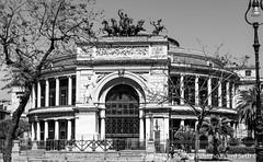 Palermo (Lord Seth) Tags: bw italy teatro nikon palermo sicilia biancoenero 2015 politeama d5000 lordseth
