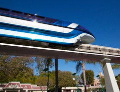 Monorail Monday (Edition 21) (Coasterluver) Tags: disneyland disney monorail monorailmonday coasterluver