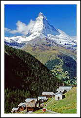 Findeln under the Matterhorn (sjb4photos) Tags: mountain schweiz switzerland village suisse matterhorn swissalps cervin findeln cervino peninealps