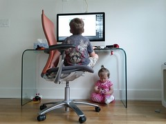 One doesn't have to be social all the time (Lars Plougmann) Tags: computer children quiet play siblings solo knoll