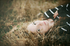 sparrow. (Carly Hildebrant) Tags: portrait film girl 35mm outdoors greeneyes grasses runaway madisonyoung carlyhildebrant