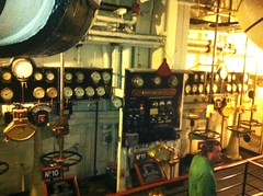 Queen Mary - engine room3 (ron.zima) Tags: our children for coach air free clean vehicles health carbon co2 asthma dioxide al macphee vicki change global warming climate expo green kids pat go air brian motor network clean dad childrens hockey ron industries robertson bowman uma idlefree zima idle macphee ziska gillis chato mci