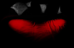Au cœur des ténèbres│Heart of darkness (Christine Lebrasseur) Tags: red people blackandwhite white black france art canon cutout lights bed sheets pillows larochelle fr valentinesday onblack charentemaritime ltytrx5 allrightsreservedchristinelebrasseur herowinner