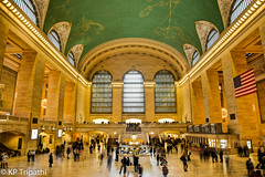 Grand Central Station (KP Tripathi (kps-photo.com)) Tags: nyc newyorkcity newyork manhattan   grandcentalstation   canoneosmarkiii newyorkcityandmanhattan   thnhphnewyork     kptripathi canoneos24105f4lis