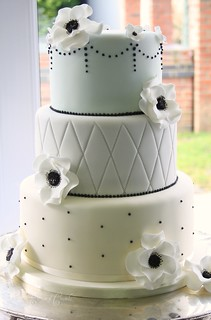 Anenome wedding cake