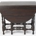 320. Gateled Drop Leaf Table