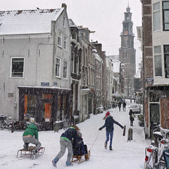 Winter games at the old Wester in Amsterdam (Bn) Tags: world city winter white snow cold holland ice church netherlands amsterdam weather bike bicycle kids scarf wonderful children geotagged fun topf50 warm downtown heart centre extreme capital skating nederland freezing canals gloves cap enjoy biking western sledding keep biker anton temperature hook february sliding snowfall sled topf100 mokum playful slippery neighbourhood pleasure channel sleds amstel jordaan sneeuwpret knmi westertoren egelantiersgracht wintery westerkerk tweede 9c 100faves 50faves pieck egelantiersdwarsstraat hilletjesbrug geo:lon=4882436 geo:lat=52376280