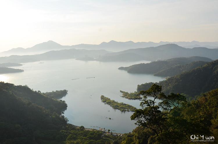 [南投]日月潭纜車。空中俯瞰湖光水色