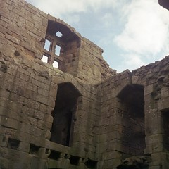 Crumbling Castle in !COLOUR! with clouds (aiherzen) Tags: uk colour 120 6x6 tlr fuji superia iso400 sem fujifilm northyorkmoors northyorkshire film26 xtra c41 whorlton semflex 7535 whorltoncastle berthiot
