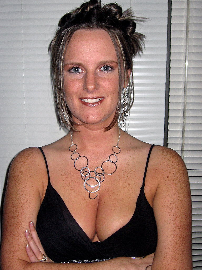 Girl boob pussy sex