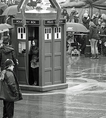 Jenna-Louise Coleman - Dr Who filming - London's Trafalgar Square (Nikon D7100) (markdbaynham) Tags: street city urban bw white black london monochrome square nikon capital trafalgar cropped format coleman tardis dslr filming dx apsc 18105mm jennalouise