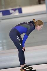 2B5P3094 (rieshug 1) Tags: 500 3000 tilburg 1500 1000 nk dames schaatsen speedskating eisschnelllauf junioren junb nkjunioren ireenwustijsbaan gewestnoordbrabantlimburgzeeland