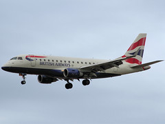 La colorata livrea della British (Ernesto Imperato - Firenze (Italia)) Tags: london florence florencia firenze british airways britishairways londra 175 embraer flr peretola glcyi