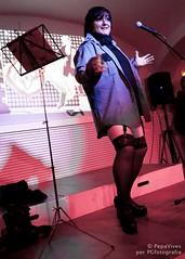 PresentaTarragona (29) (Txus G) Tags: barcelona madrid slam clown toledo lgbt poesia cabaret queer poeta lesbiana triangulo polipoesia beatrizgimeno aliciagarcia cangrejopistolero niasbien perfopoesia txusgarcia ciscobellabestia agustincalvo mariacastrejn