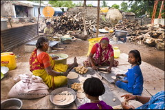 wedding feast preparations, Hebbelli village, N Karnataka (ianpwatkinson) Tags: wedding food india women flour firewood preparation chappati