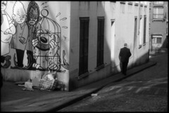 marsu  brussels, belgium  2011 (lem's) Tags: brussels mural belgium belgique belgie bessa cartoon bruxelles mur bd bande marsupilami blondin marsu marolles dessine cirage