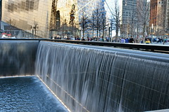 WTC MEMORIAL POOL (kevinh_photos) Tags: nyc newyork memorial worldtradecenter 911 nypd wtc sept11 neverforget fdny rebuilding 91101 papd kevinhphotos